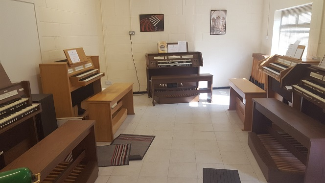 Anthony Bogdan Organs | New and Second Hand Viscount Church